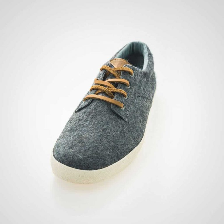 gray-men-shoes-1-free-img.jpg